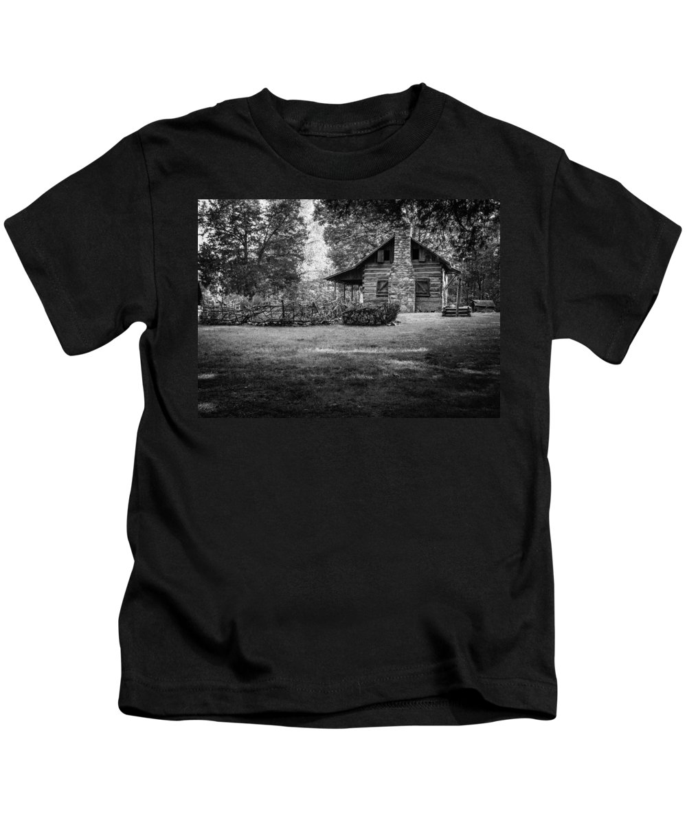 Kings Mountain National Park Kids T-Shirt featuring the photograph Pioneer Days by Donna Collins
