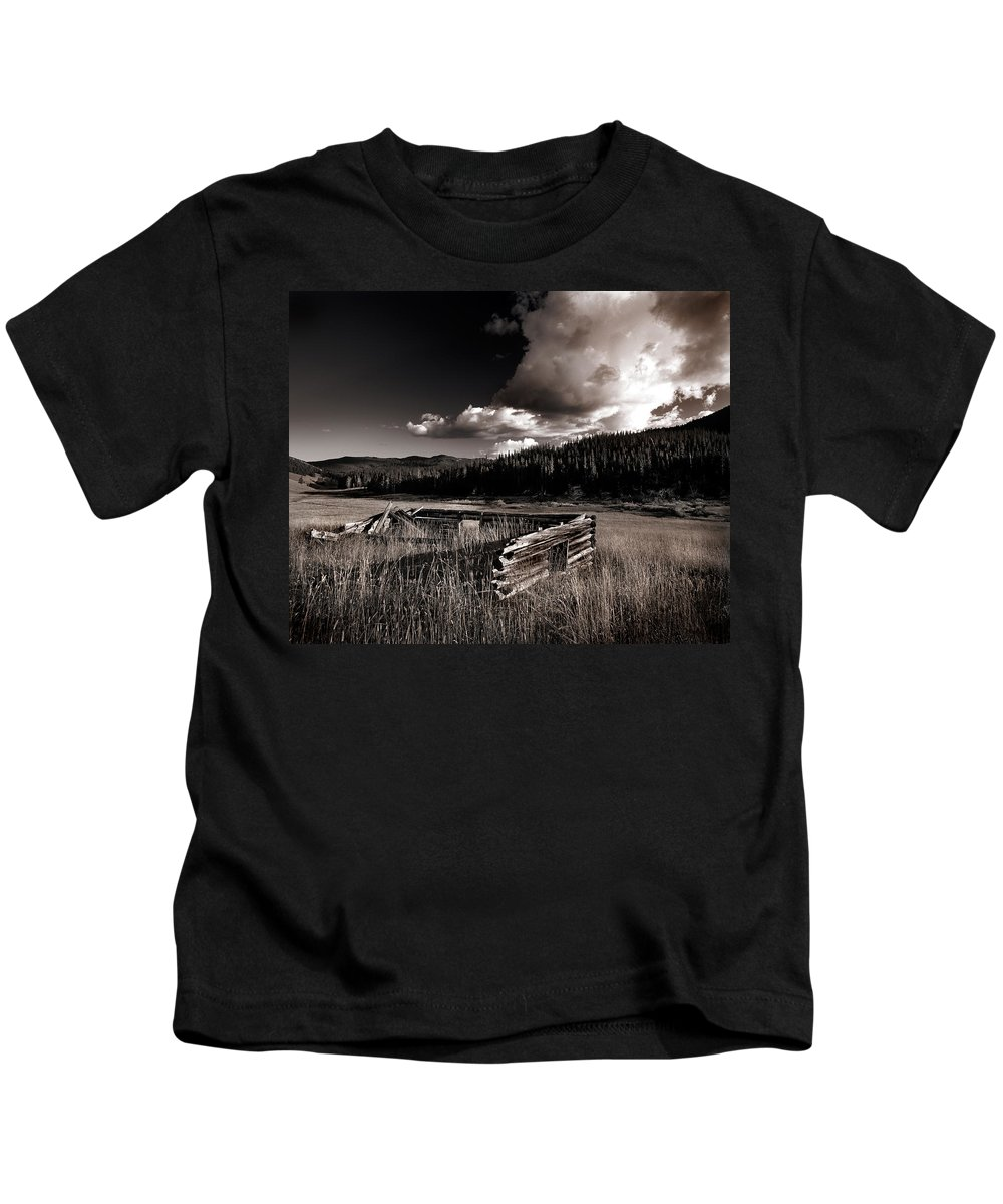 Cabin Kids T-Shirt featuring the photograph Pioneer History by Leland D Howard