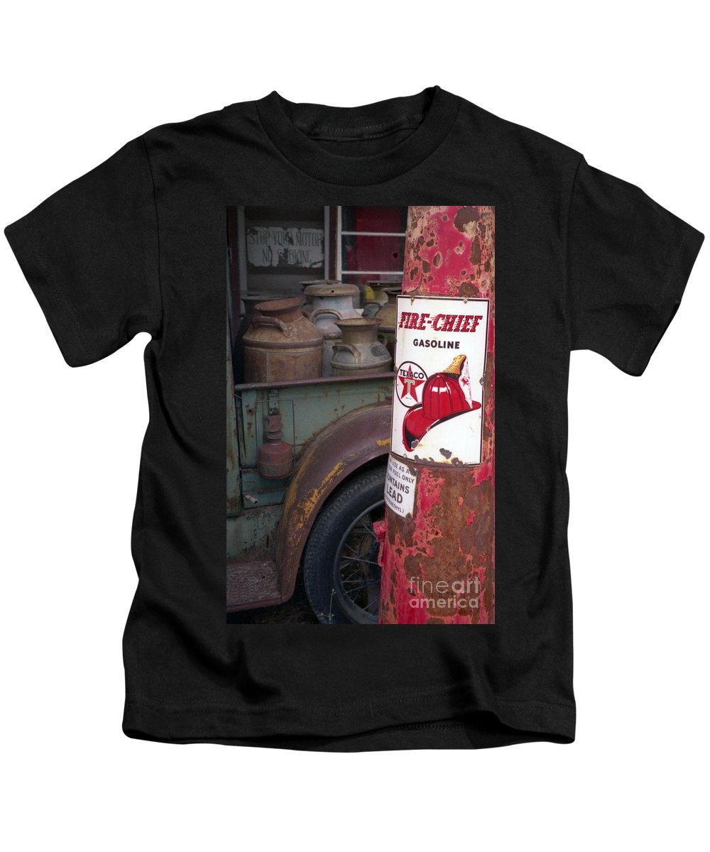Old Milk Jugs Kids T-Shirt featuring the photograph Pit Stop by Richard Rizzo