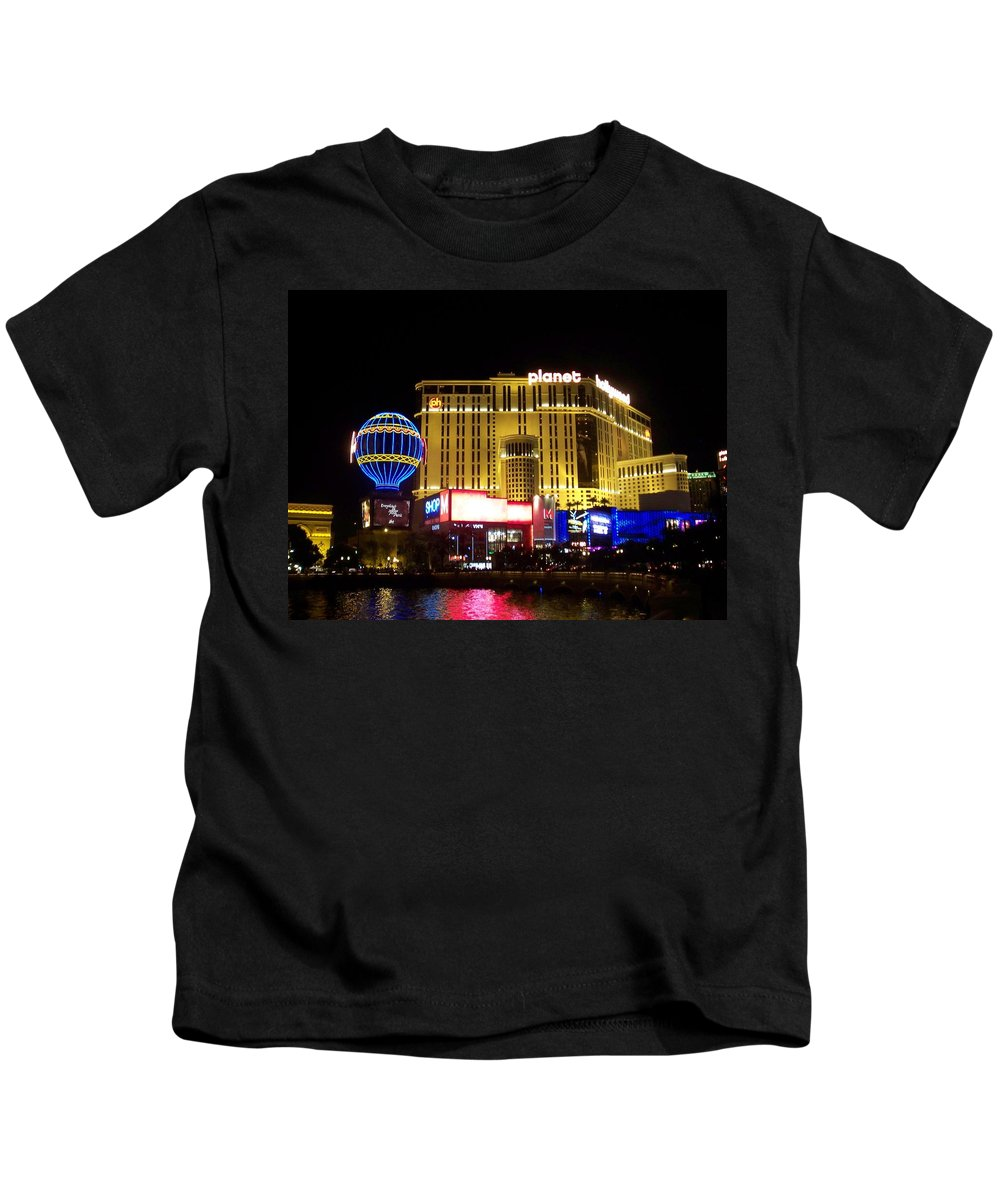 Vegas Kids T-Shirt featuring the photograph Planet Hollywood By Night by Anita Burgermeister