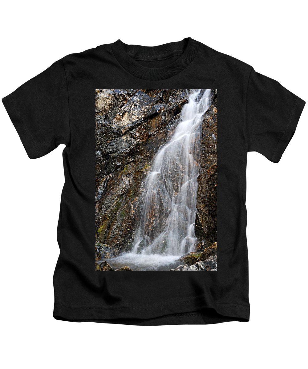 Porcupine Falls Kids T-Shirt featuring the photograph Porcupine Falls Side Chute by Larry Ricker