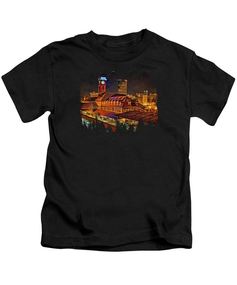 Portland Skyline Kids T-Shirt featuring the photograph Portland Union Train Station Two by Thom Zehrfeld