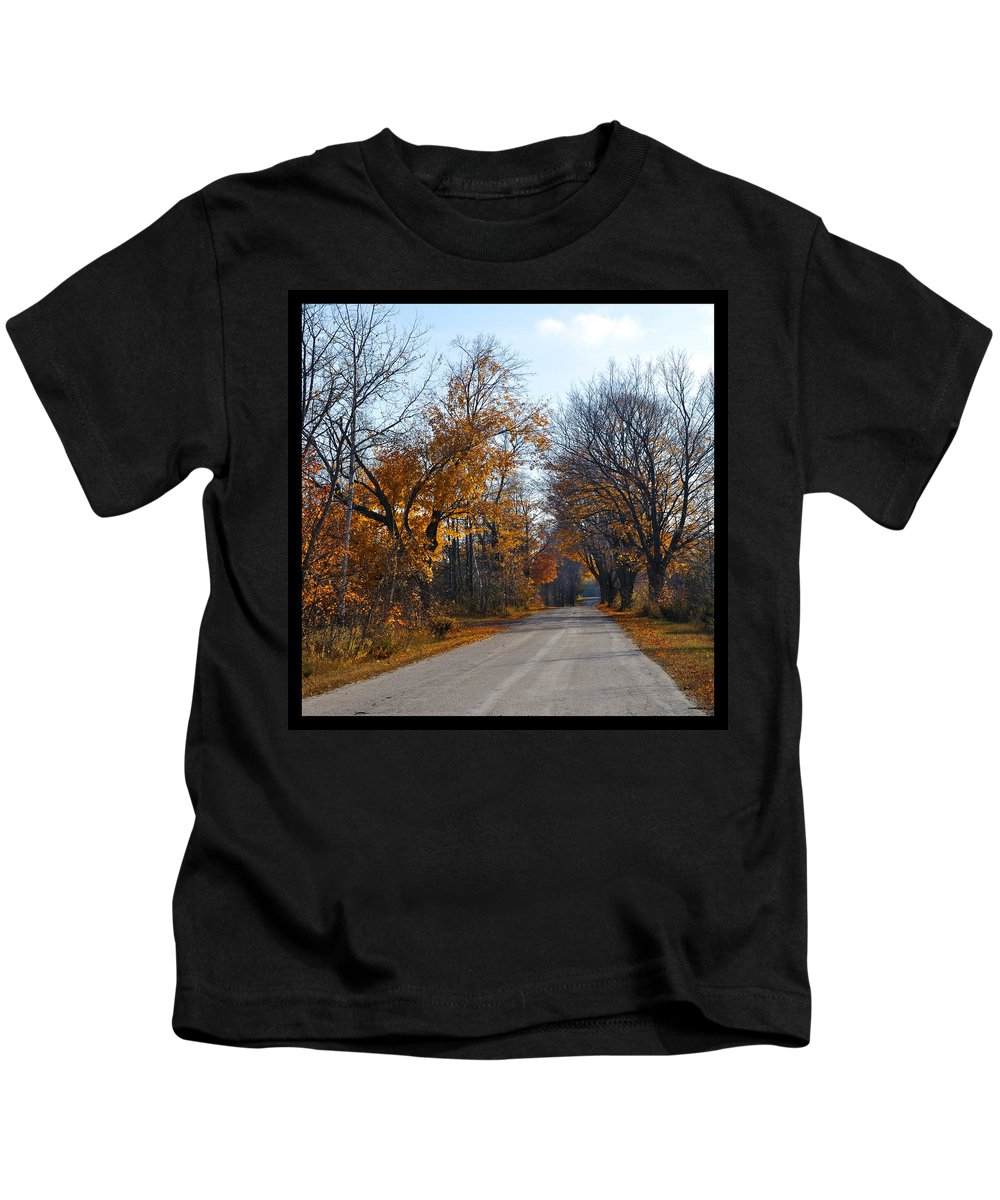 Road Kids T-Shirt featuring the photograph Quarterline Road by Tim Nyberg