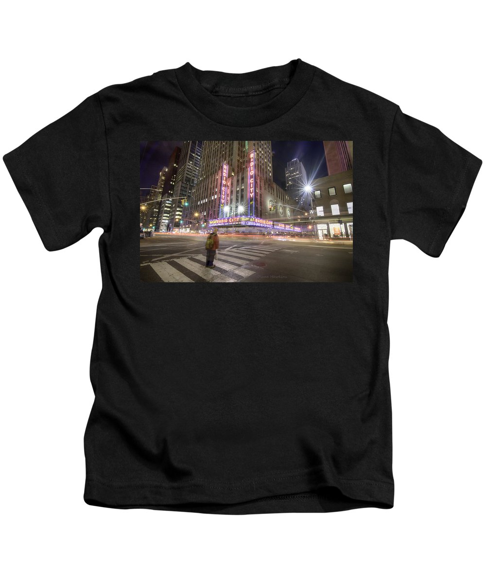 New York Kids T-Shirt featuring the photograph Radio City Music Hall by Diane Hawkins