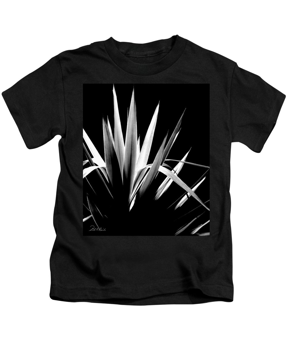 Black & White Kids T-Shirt featuring the photograph Razor Sharp by Frederic A Reinecke