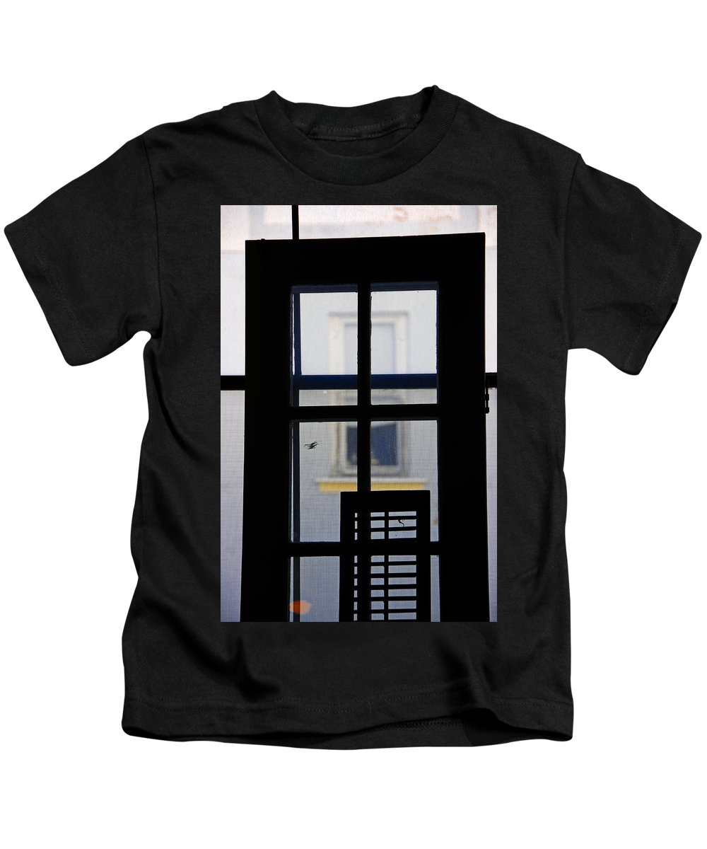 Architecture Kids T-Shirt featuring the photograph Rear Window 2 by Skip Hunt