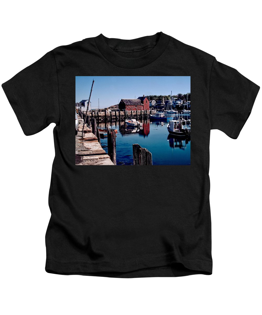 Motif#1 Kids T-Shirt featuring the photograph Red On Blue by Mike Goldsmith