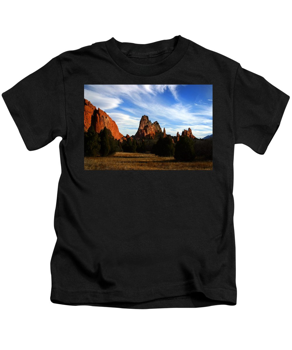 Garden Of The Gods Kids T-Shirt featuring the photograph Red Rock Formations by Anthony Jones