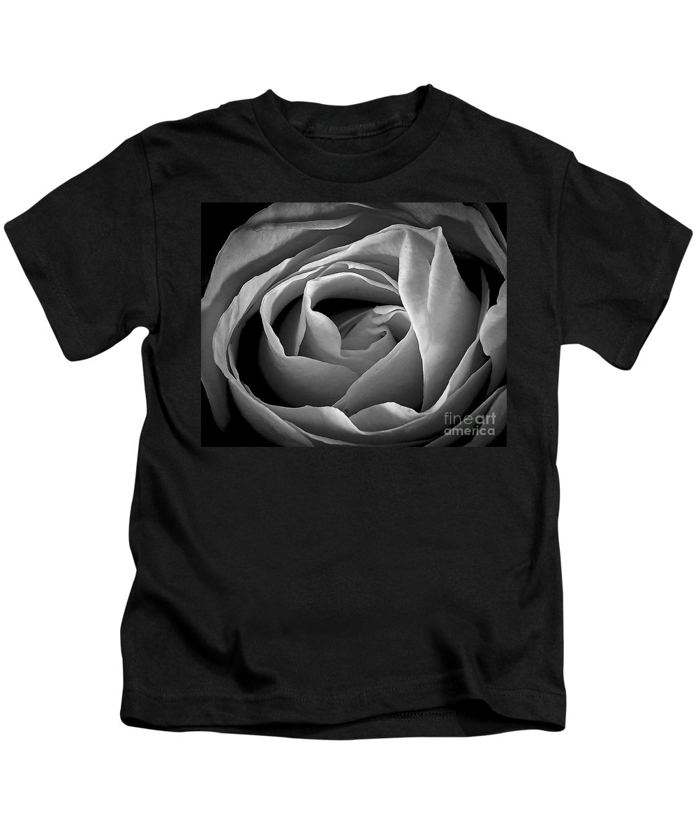 Santa Fe Kids T-Shirt featuring the photograph Red Rose In Infrared by Charles Muhle