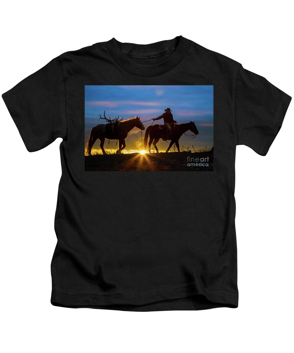 America Kids T-Shirt featuring the photograph Returning Home by Inge Johnsson