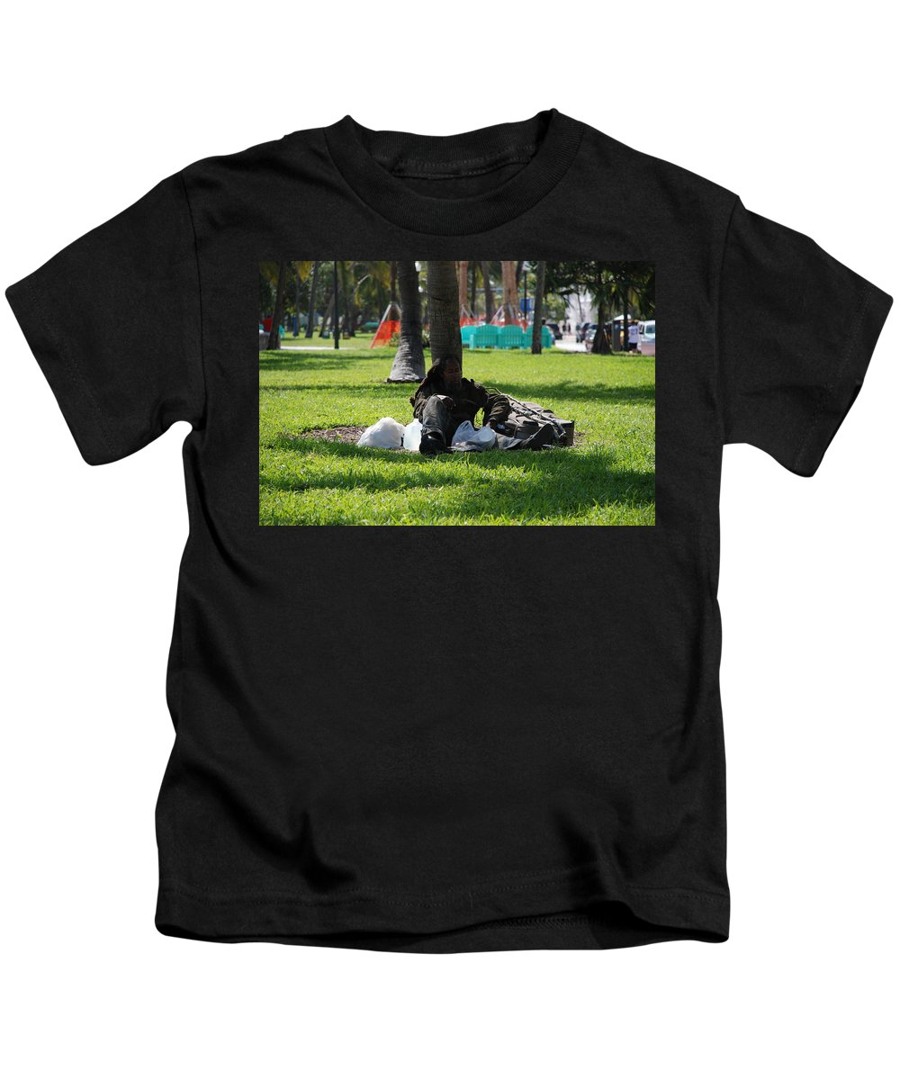 Urban Kids T-Shirt featuring the photograph Rip Van Winkle by Rob Hans