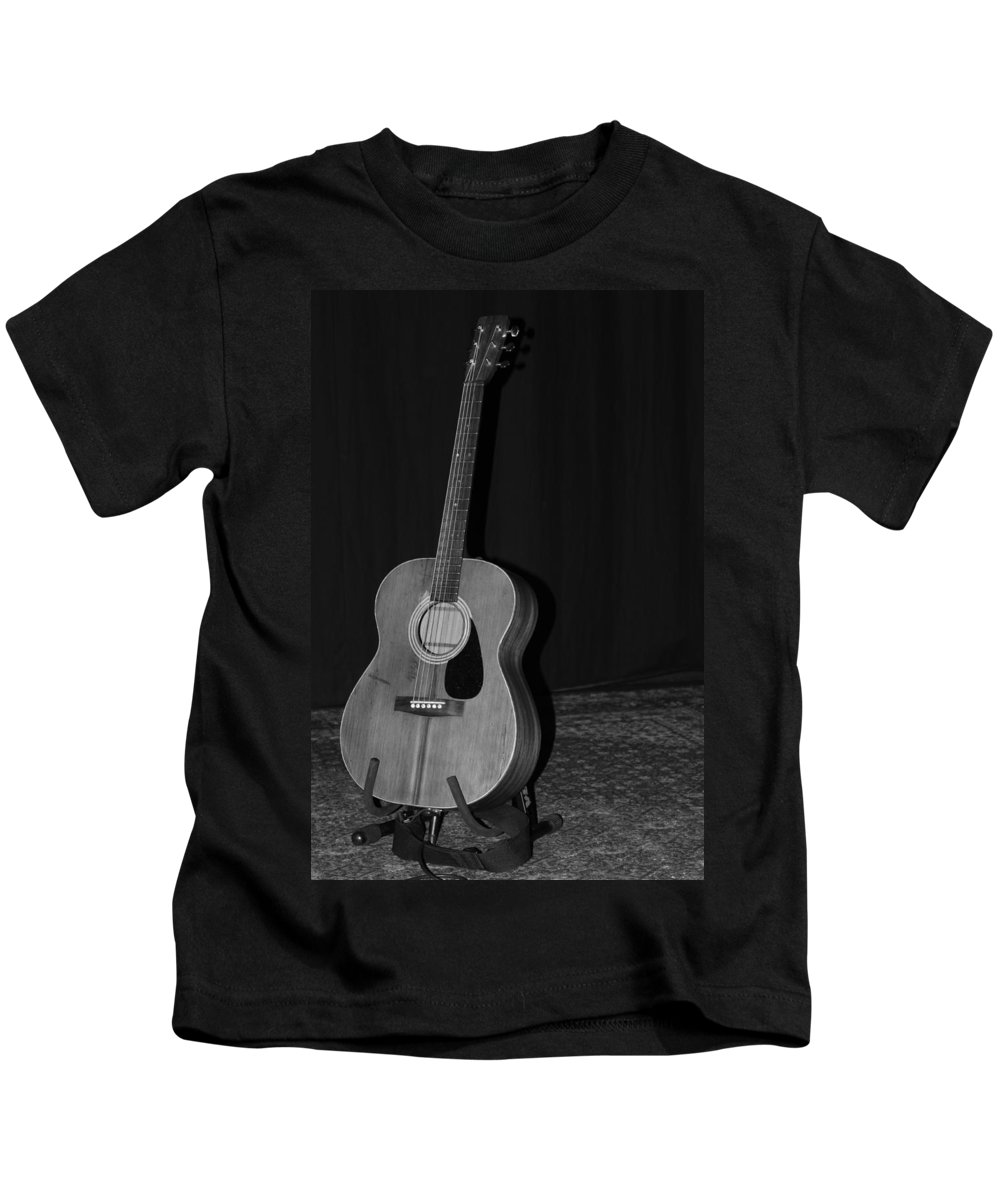 Music Kids T-Shirt featuring the photograph Robyn Hitchcock's Guitar by Lauri Novak