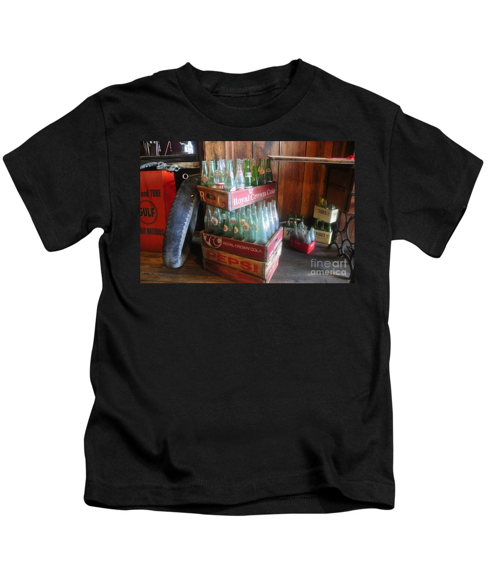 Royal Crown Cola Kids T-Shirt featuring the photograph Royal Crown Cola by David Lee Thompson
