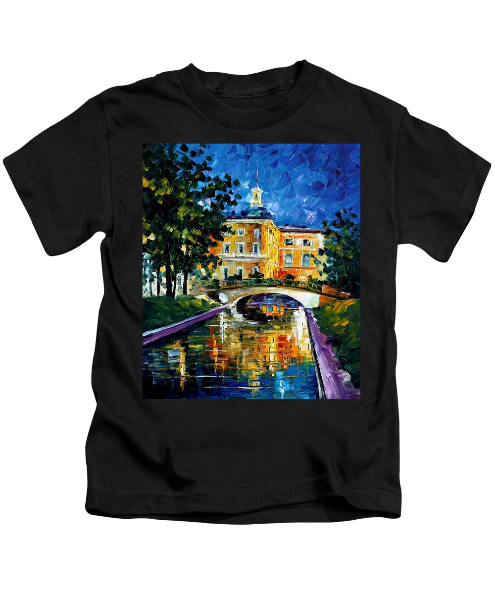 City Kids T-Shirt featuring the painting saint petersburg Russia by Leonid Afremov