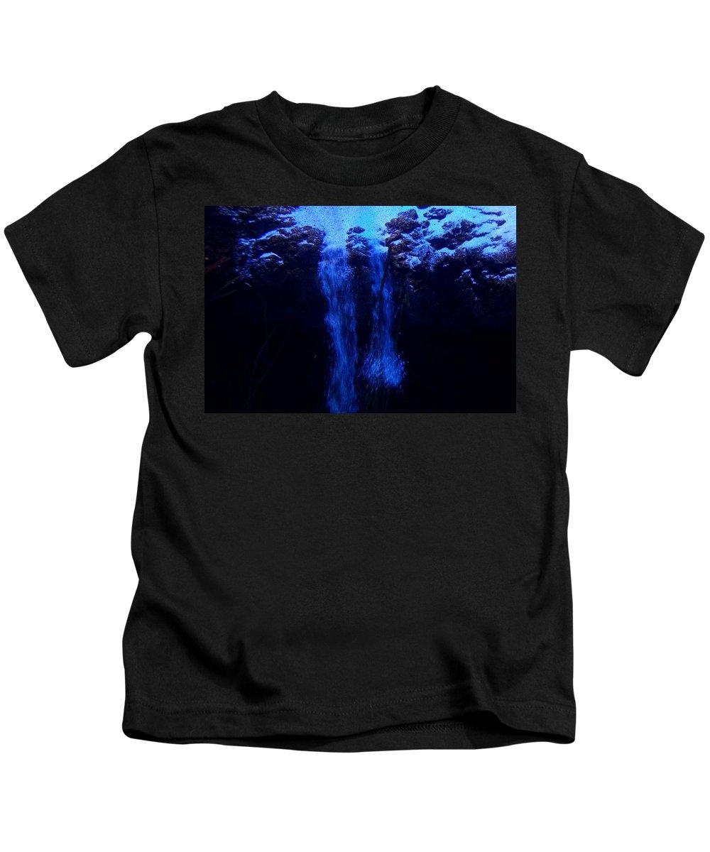 Ocean Kids T-Shirt featuring the photograph Sandfall by Sarah Houser