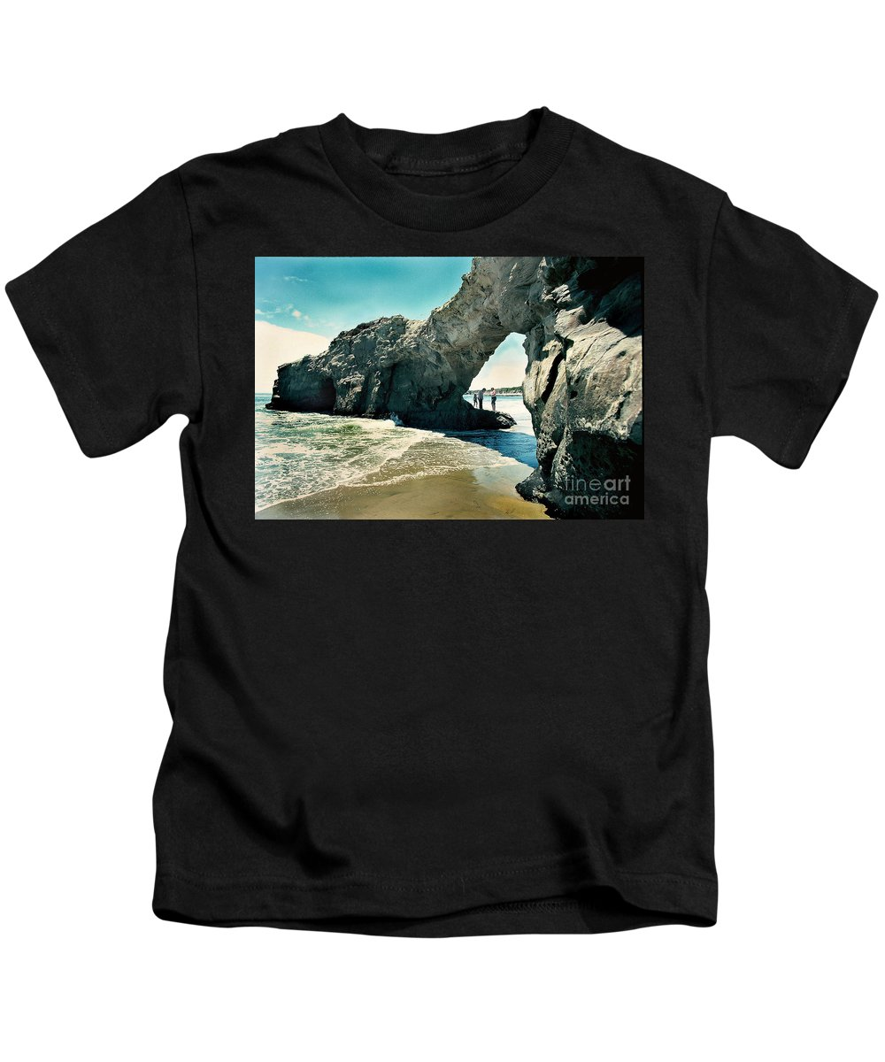 California Scenes Kids T-Shirt featuring the photograph Santa Cruz Beach Arch by Norman Andrus
