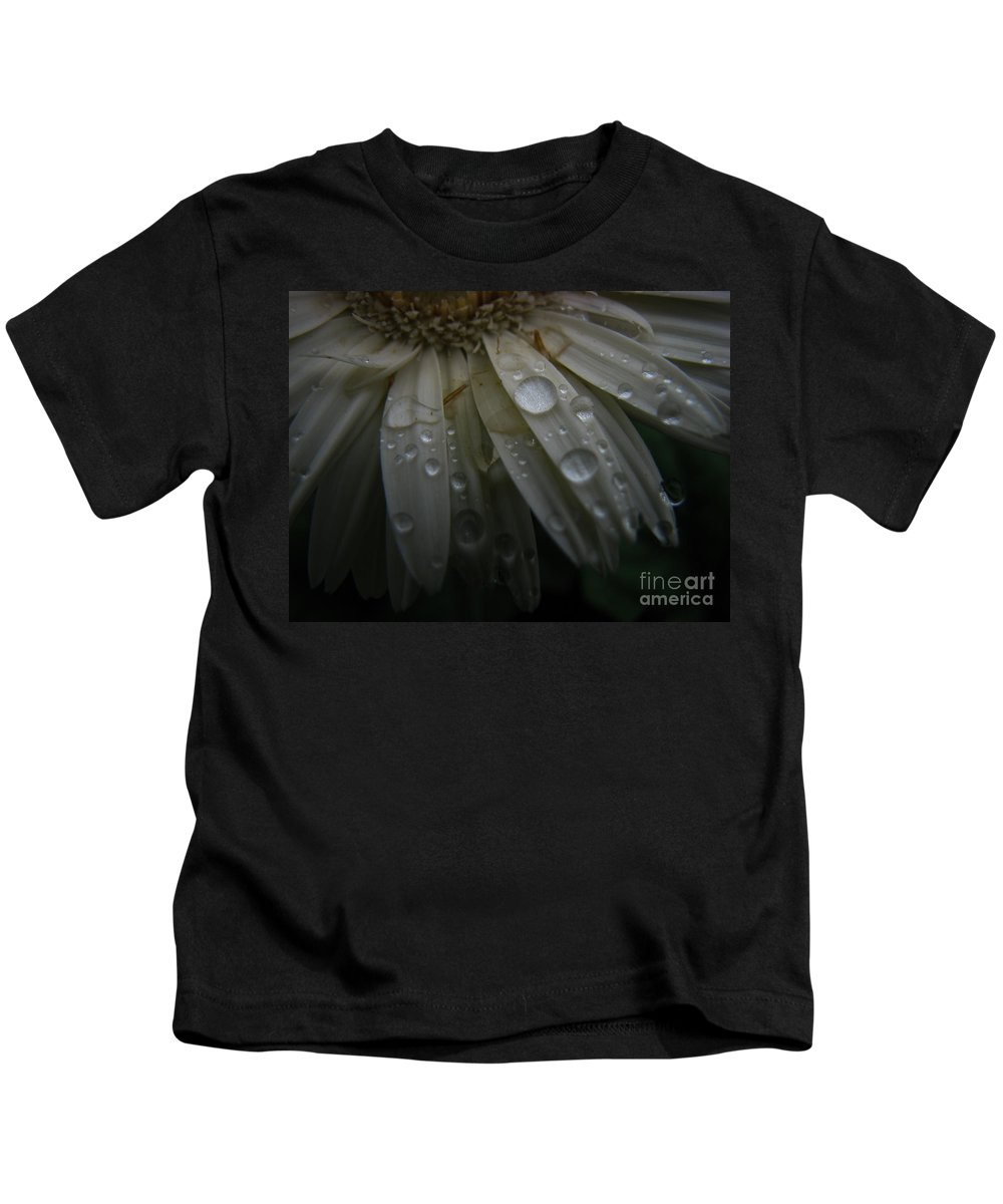 Daisy Kids T-Shirt featuring the photograph Saturation by Amanda Barcon