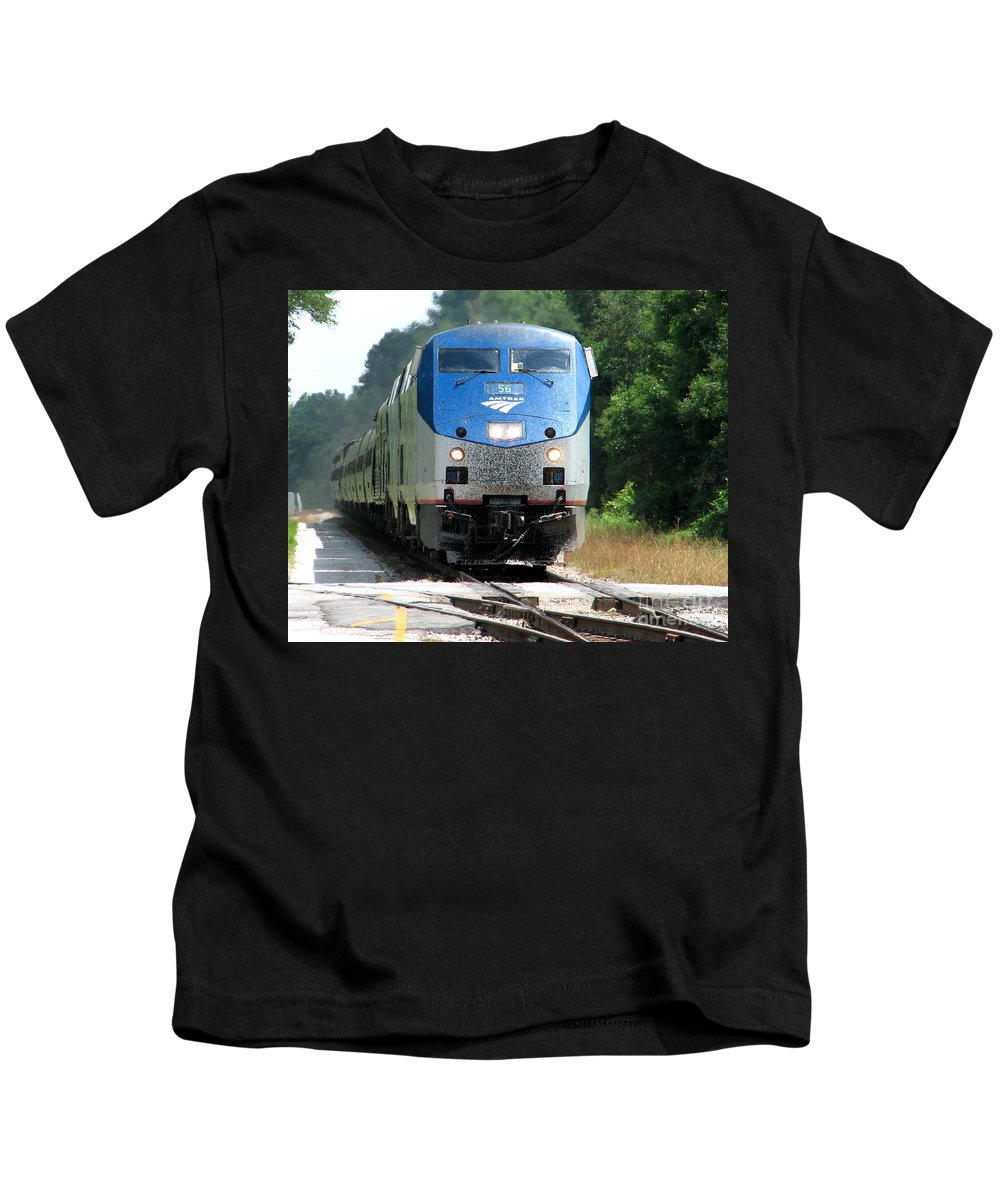 Train Kids T-Shirt featuring the photograph Silver Meteor by Lesley Giles