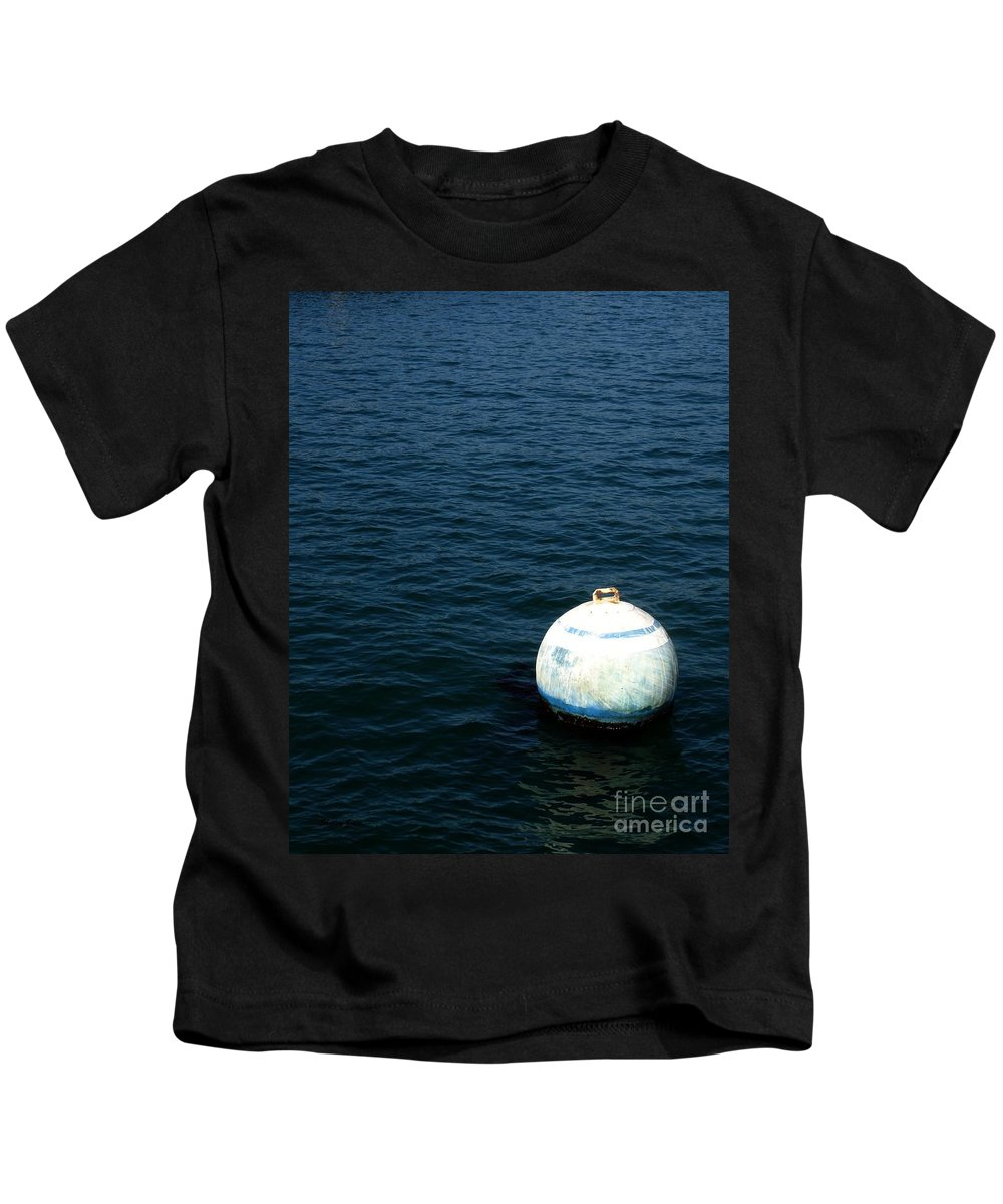 Seascape Kids T-Shirt featuring the photograph Sit and Bounce by Shelley Jones