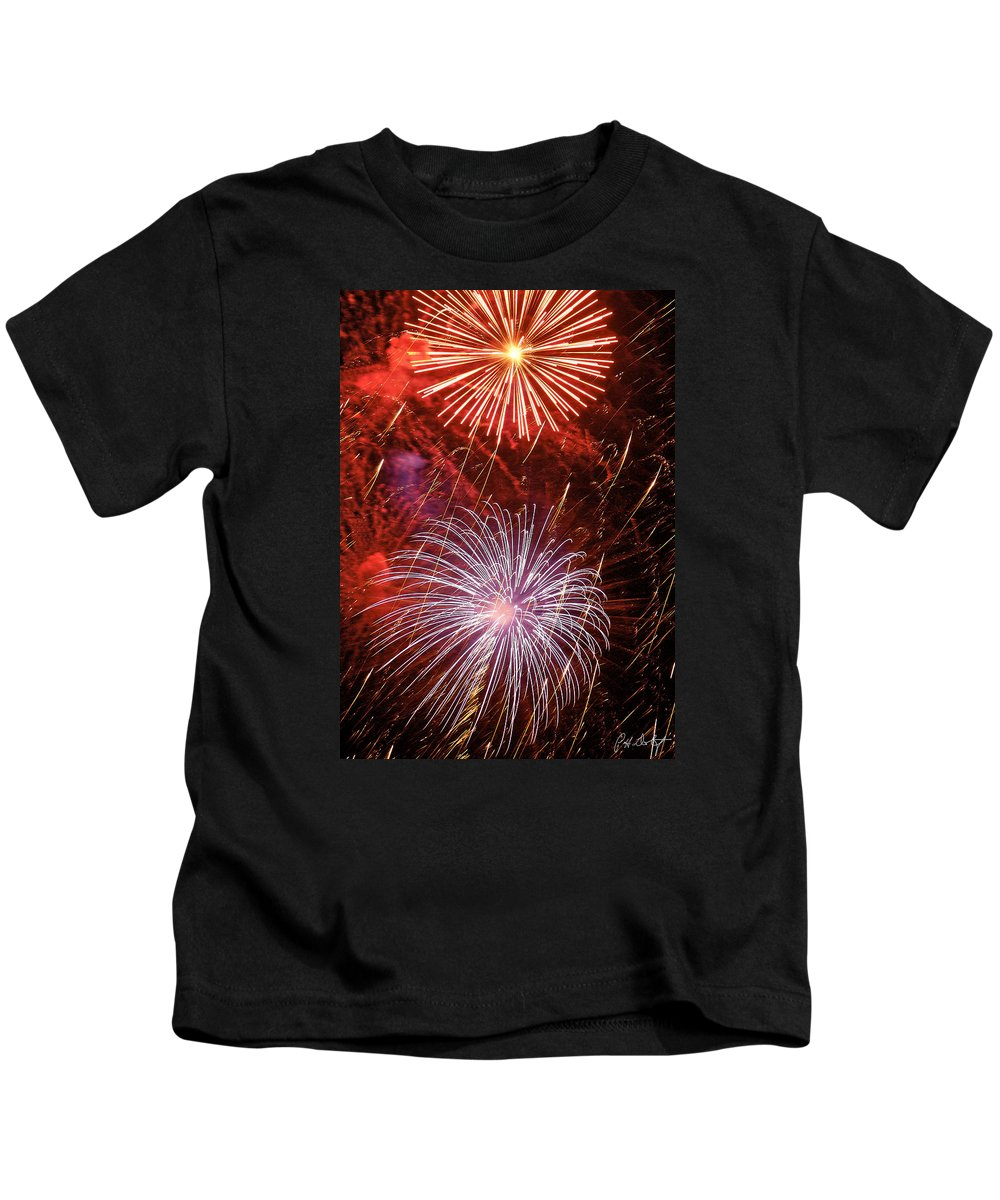 July 4th Kids T-Shirt featuring the photograph Sky Explosion by Phill Doherty