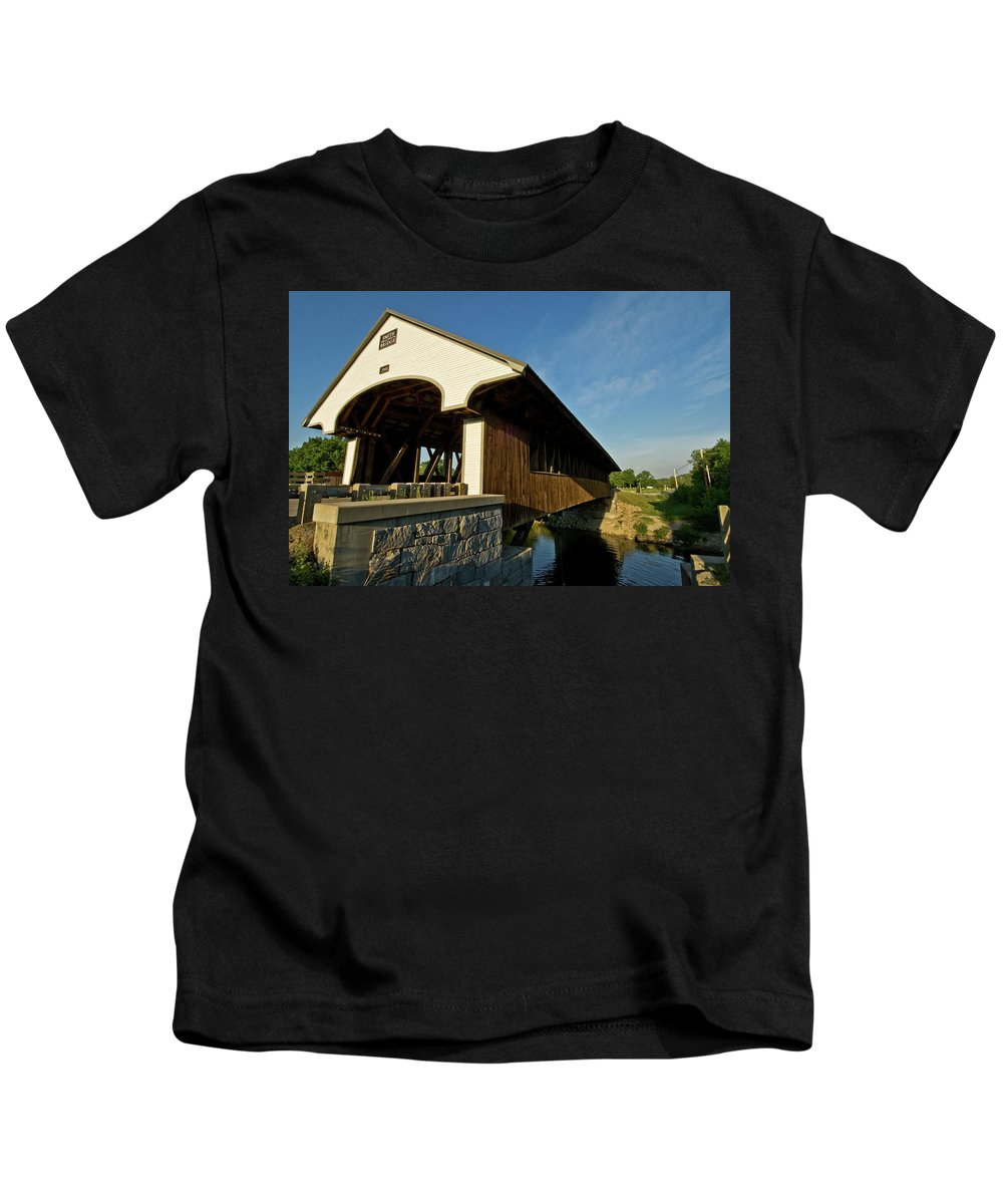 new England Covered Bridges Kids T-Shirt featuring the photograph Smith Millennium Bridge by Paul Mangold