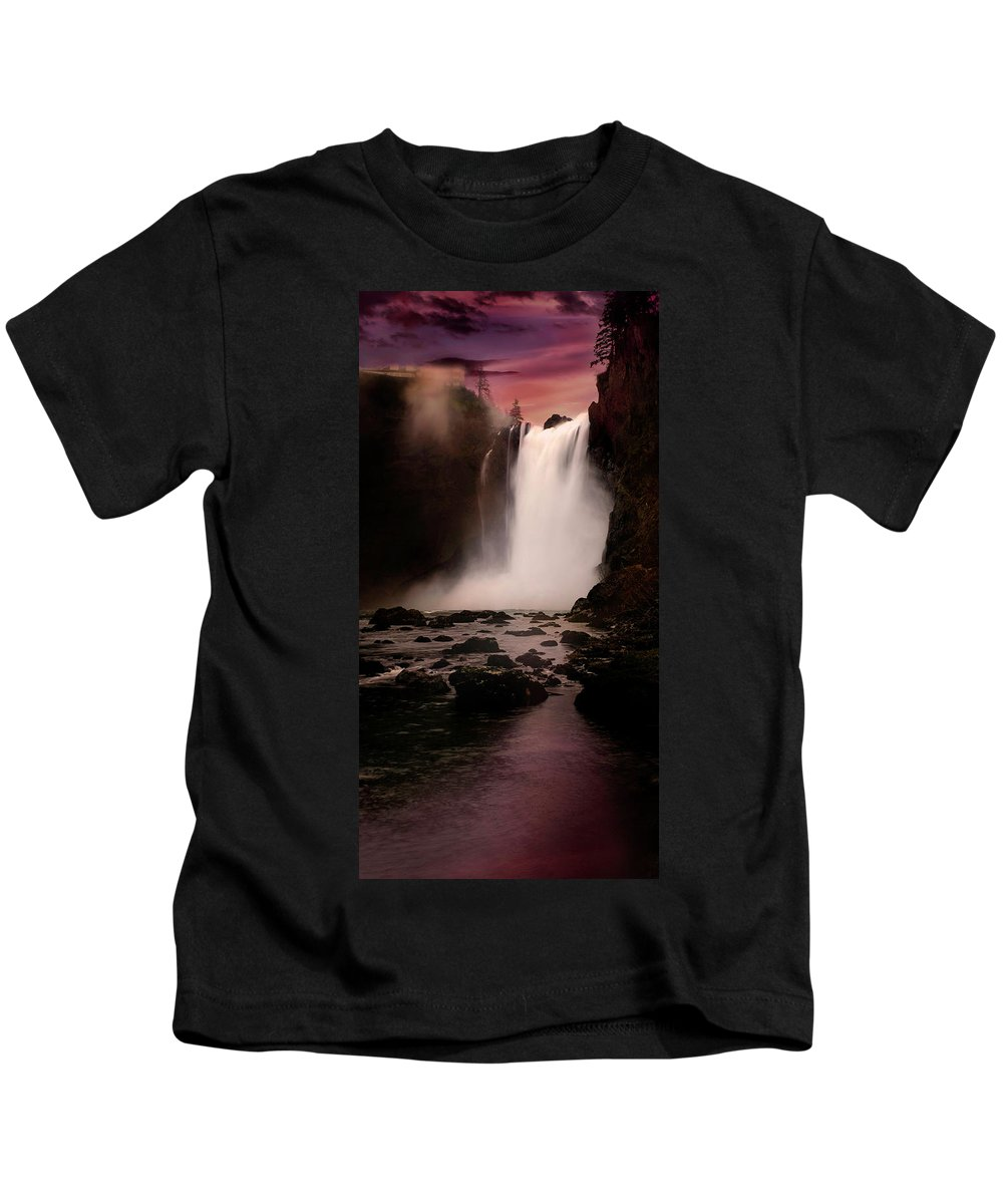 Waterfall Kids T-Shirt featuring the photograph Snoqualmie Falls by Herman Robert