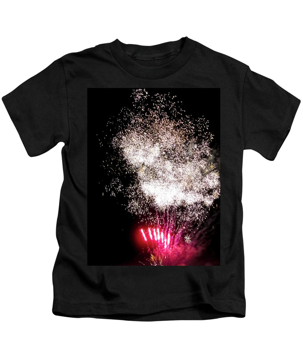 Sparkles Fireworks Kids T-Shirt featuring the photograph Sparkles Fireworks by Cynthia Woods