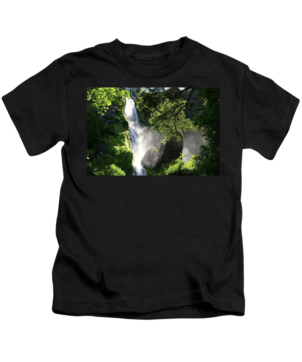 Waterfalls Kids T-Shirt featuring the photograph Starvation Creek Falls In September by Jeff Swan
