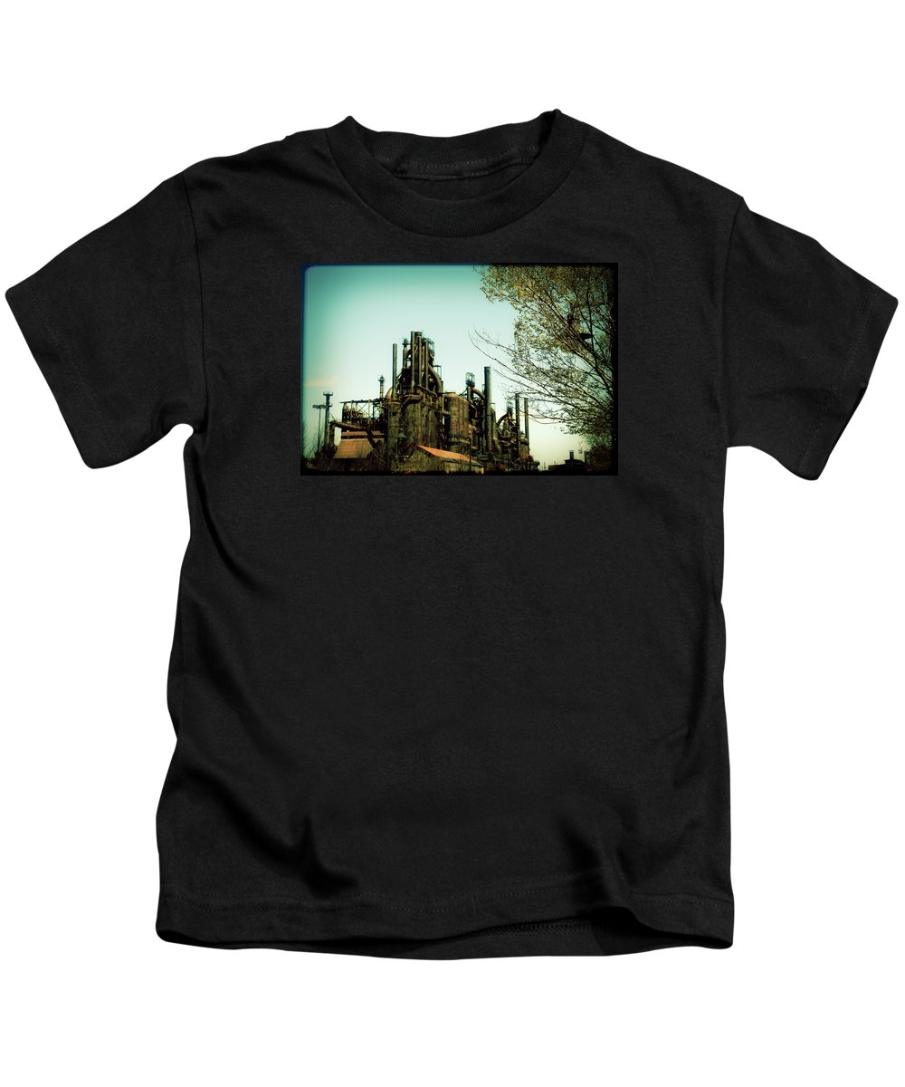 Bethlehem Kids T-Shirt featuring the photograph Steel Mill by Patricia Motley