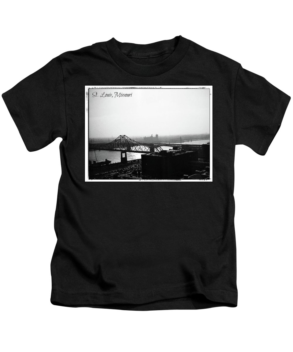 Kids T-Shirt featuring the photograph St.louis by Alan Thorpe
