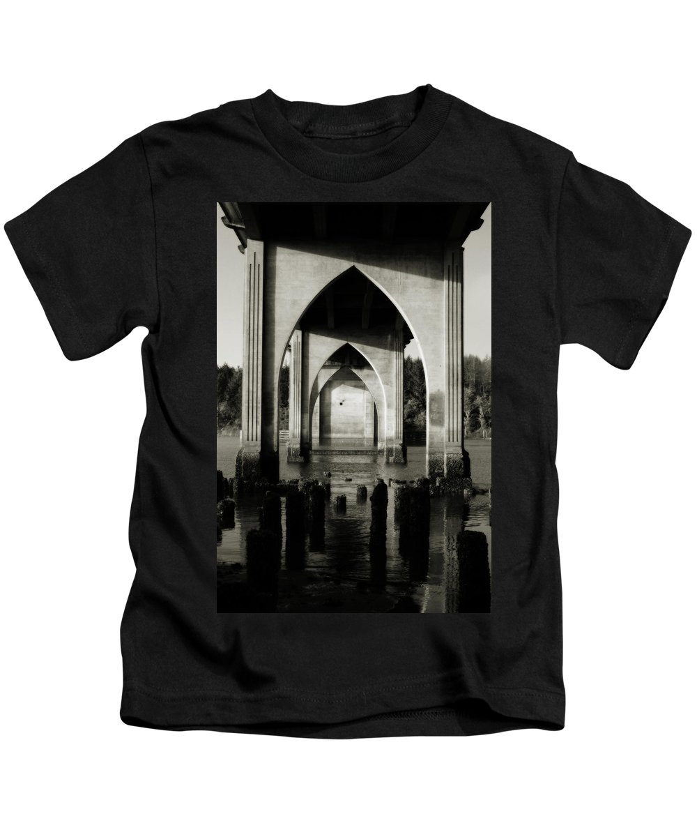 Oregon Kids T-Shirt featuring the photograph Suislaw River Bridge In Florence Oregon by Renee Hong