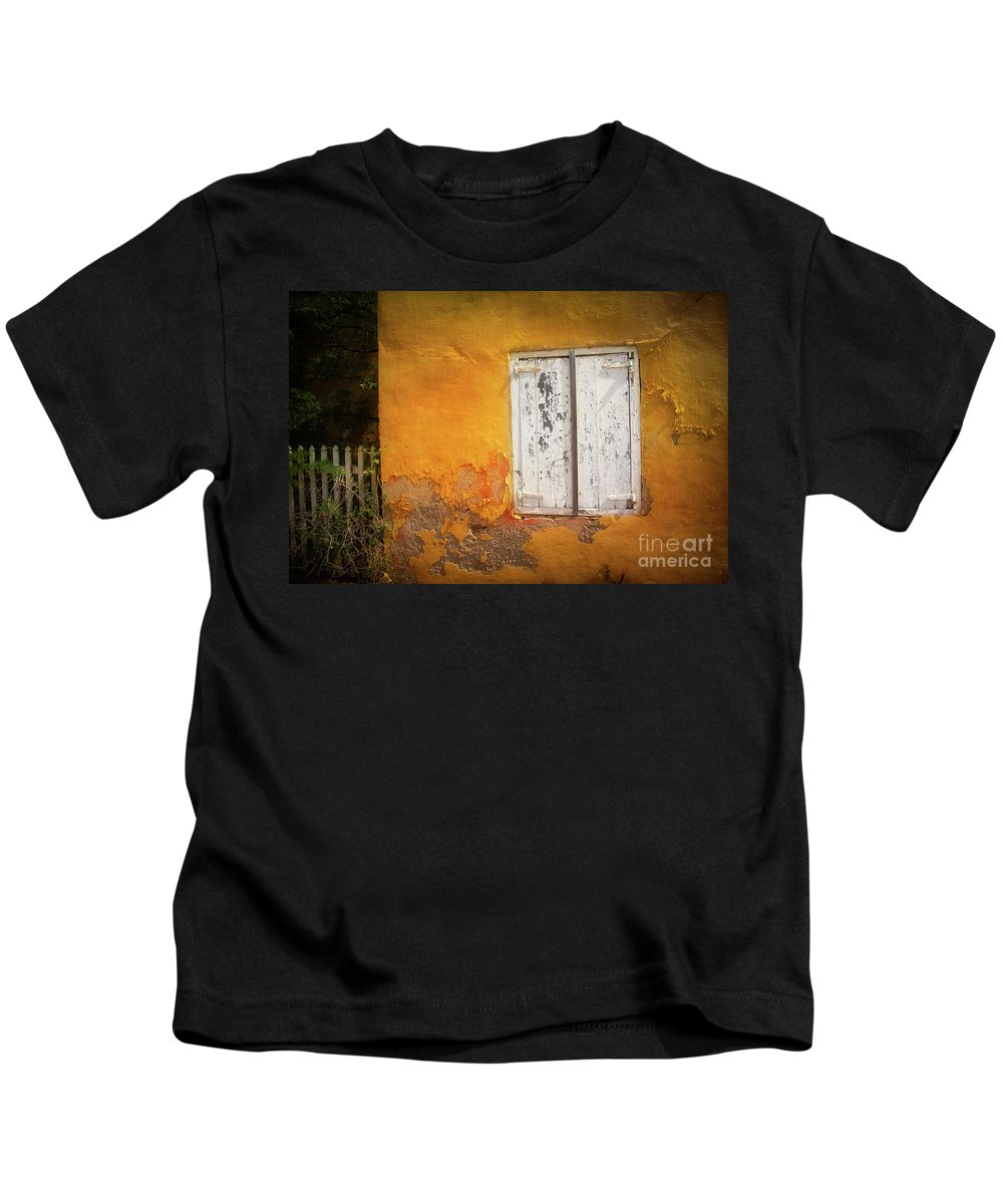 Bonaire Kids T-Shirt featuring the photograph Sun-drenched by Doug Sturgess
