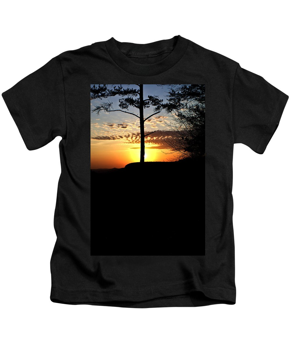 Sunburst Kids T-Shirt featuring the photograph Sunburst Sunset by Douglas Barnett