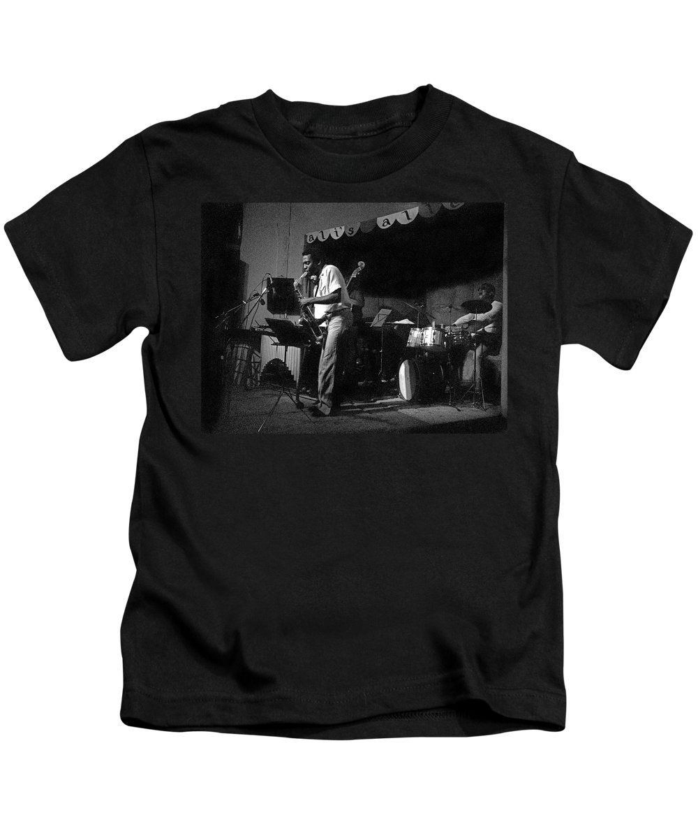 Sunny Murray At Ali's Alley Kids T-Shirt featuring the photograph Sunny Murray 2 by Lee Santa