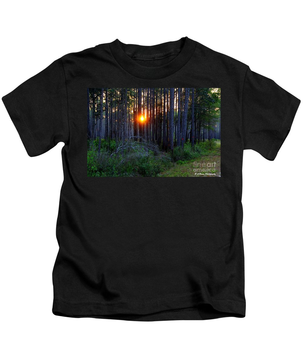 Sunset Kids T-Shirt featuring the photograph Sunset Along The Florida Trail - St.marks by Barbara Bowen