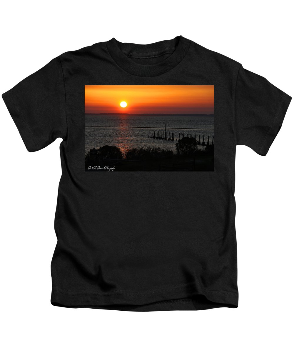 Sunset Kids T-Shirt featuring the photograph Sunset At St.marks Nwf by Barbara Bowen