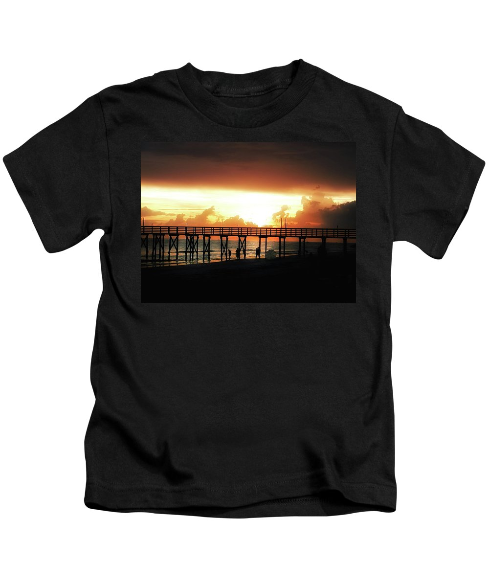 St Petersburg Kids T-Shirt featuring the photograph Sunset At The Pier by Bill Cannon