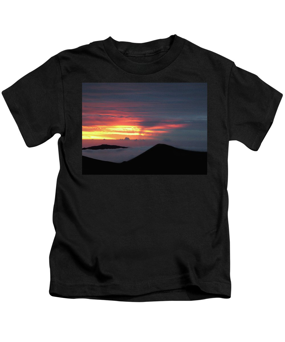 Sunset Kids T-Shirt featuring the photograph Sunset From The Observatory by Pauline Darrow