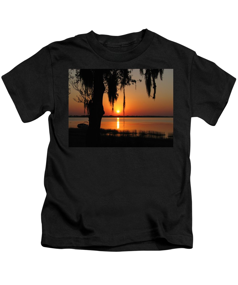 Nature Kids T-Shirt featuring the photograph Sunset On Lake Minneola by Peg Urban