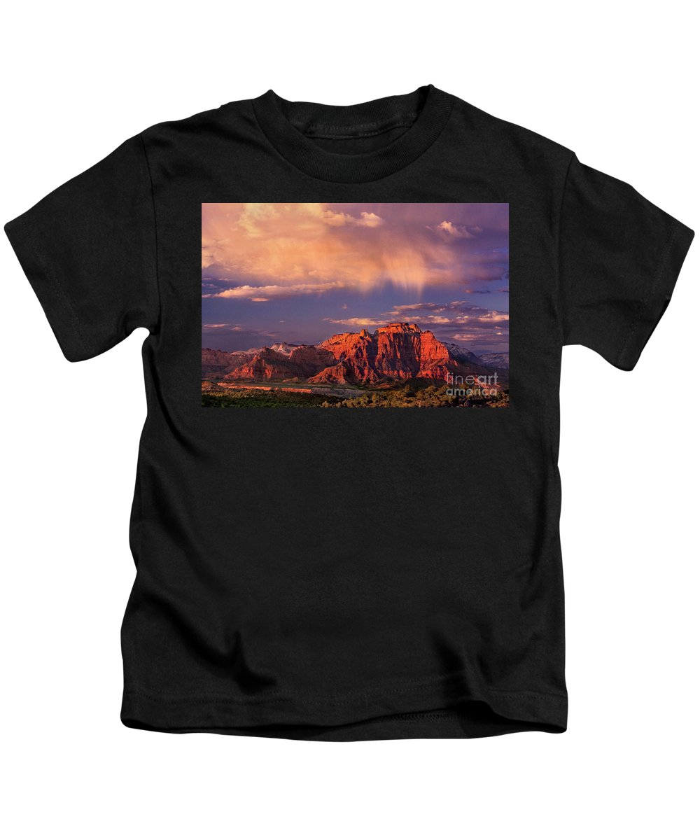 North America Kids T-Shirt featuring the photograph Sunset On West Temple Zion National Park by Dave Welling