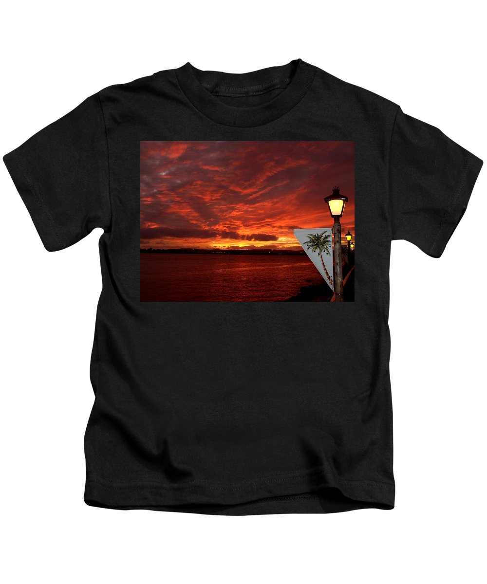 Ocean Kids T-Shirt featuring the photograph Sunset Over San Diego by Dave Sribnik