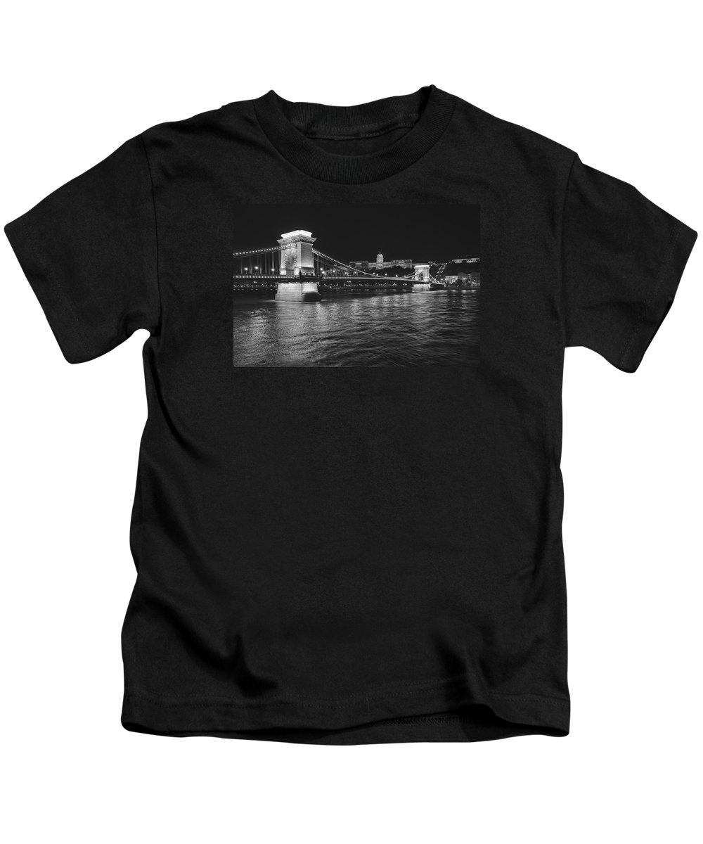 Hungary Kids T-Shirt featuring the photograph Szechenyi Chain Bridge Budapest by Alan Toepfer