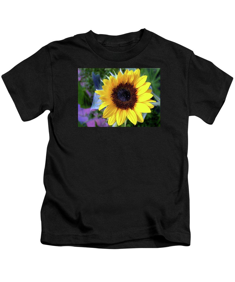 Flower Kids T-Shirt featuring the photograph The Eye Of The Flower by Skip Willits