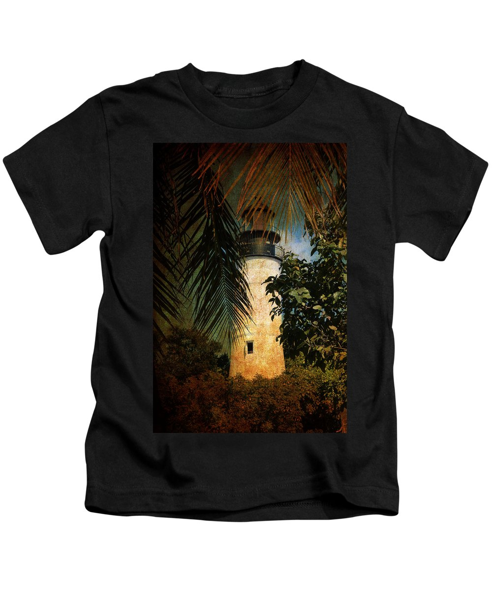 Lighthouse Kids T-Shirt featuring the photograph The Lighthouse In Key West by Susanne Van Hulst