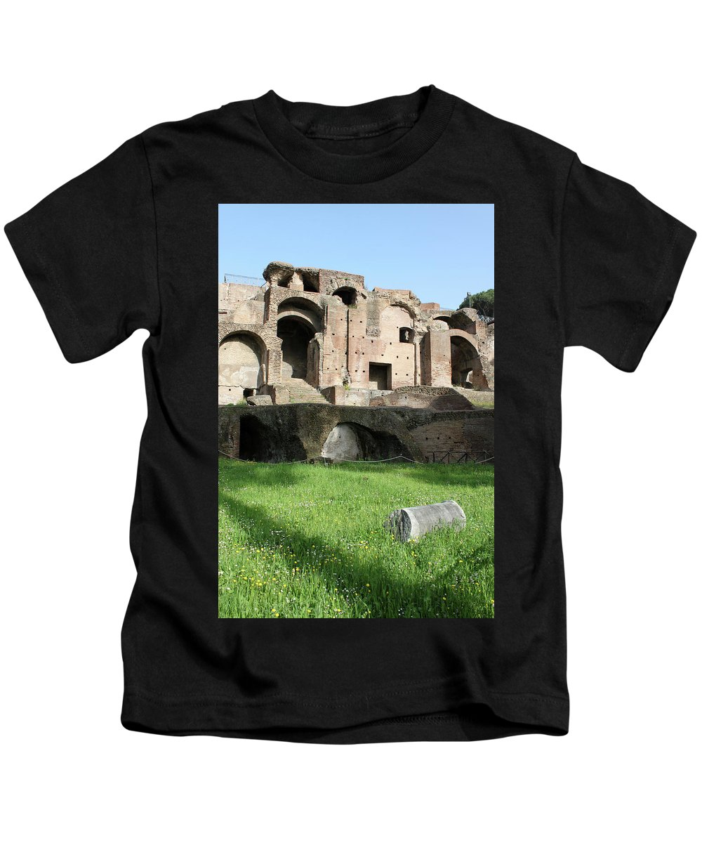 Rome Kids T-Shirt featuring the photograph The Lonely Pillar by Munir Alawi