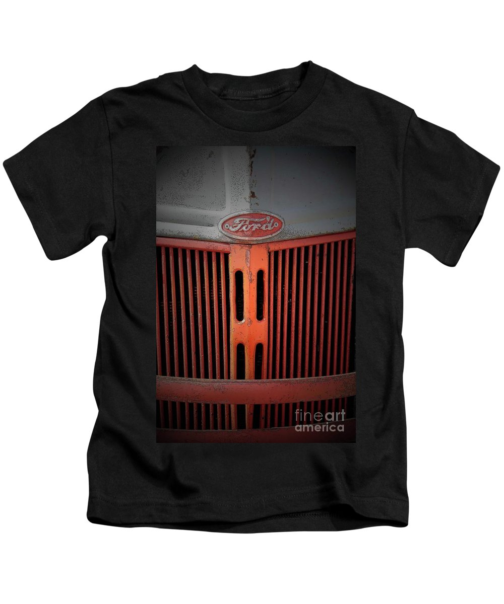 Farm Kids T-Shirt featuring the photograph The Old Ford by Jost Houk