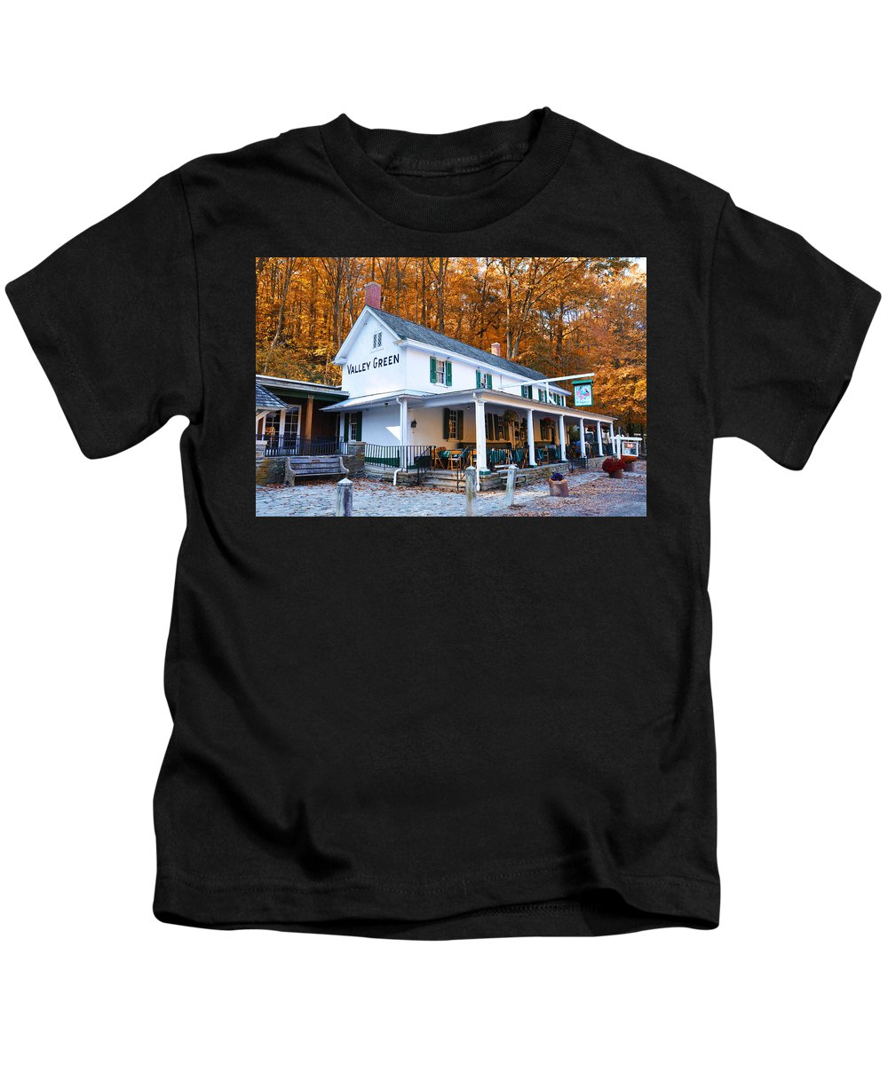 Valley Green Kids T-Shirt featuring the photograph The Valley Green Inn In Autumn by Bill Cannon