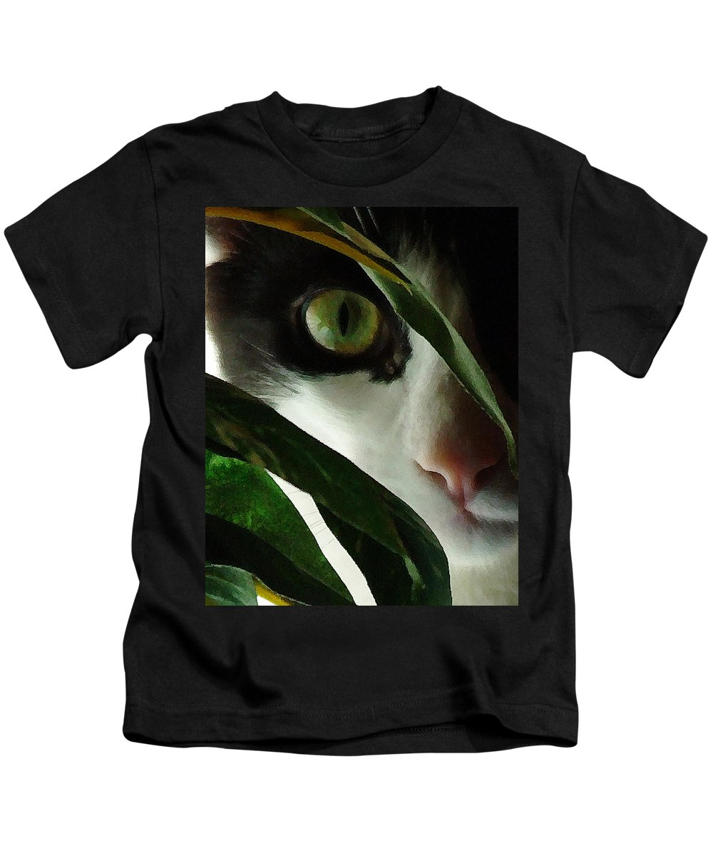 Cat Kids T-Shirt featuring the photograph The Voyeur by Lynn Andrews
