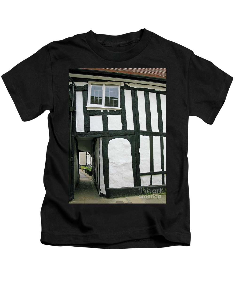 England Kids T-Shirt featuring the photograph There Was A Crooked Man by Ann Horn