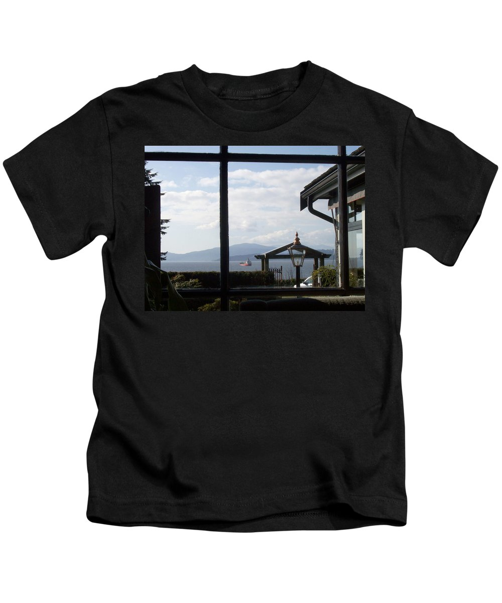 City Kids T-Shirt featuring the photograph Through The Looking Glass by Mary Mikawoz